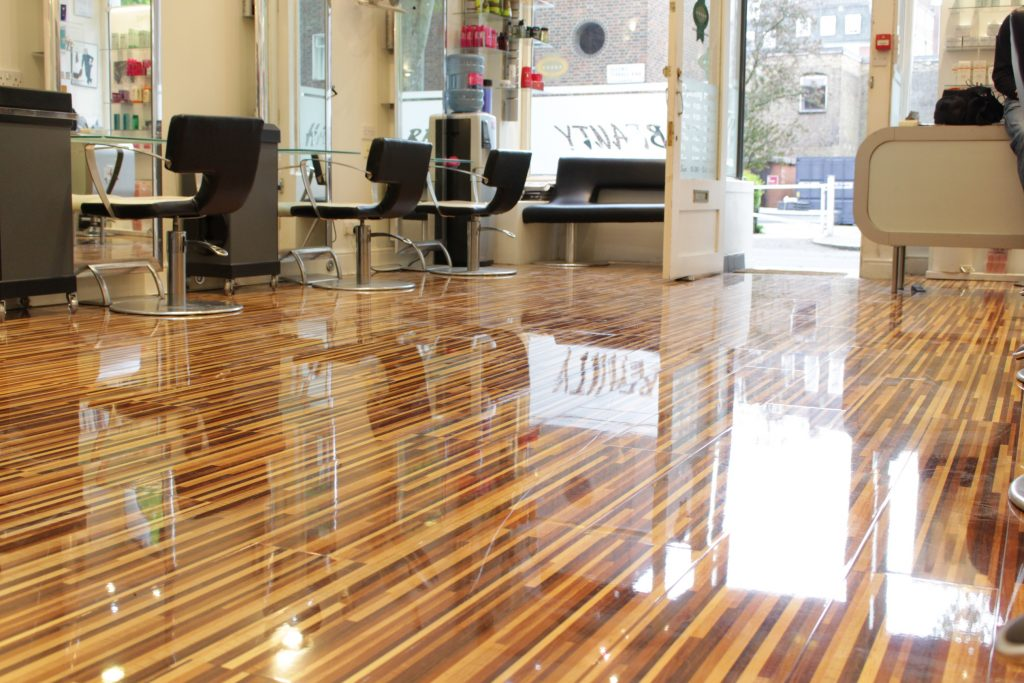 How To Restore Shine To Laminated Wood Floors