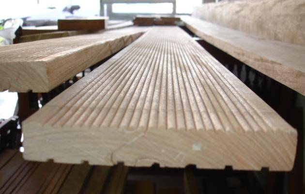 Bangkirai Reeded Decking